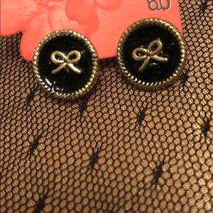 Jewelry - Black and Gold Bow Stud Earrings
